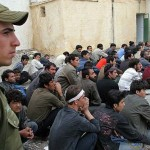 مصاحبه نماینده حزب همبستگی با والدین ۱۳ مهاجر افغان کشتهشده توسط نیروهای امنیتی رژیم ایران