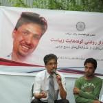 سمیع درهای فعال مدنی افغانستان به دلیل نوشتههای اخیرش در صفحهی فیسبوکی خود چهار ساعت بازداشت شد