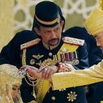 ممنوعیت پوشیدن کلاه بابانوئل، فرستادن کارت تبریک و جشنهای کریسمس در برونئی