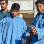 گرداندن دو کودک در شهر ساری به جرم شکستن شیشه های ۱۲ فروشگاه لوکس