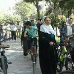 ویدئو اعتراض مردم مریوان به ممنوعیت دوچرخه سواری زنان در این شهر