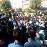 عکس های اعتراض مردم مریوان به تانکرهای نفت کش + اسامی بازداشت شدگان و ویدئو کردی : خیابان طغیان کرده