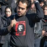 این عکس ها را ببینید. آیا باید خندید یا گریست ؟! اینجا ایران است