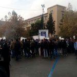 ۵ ویدئو از راهپیمایی و اعتراضات دانشجویان دانشگاه تهران در ۱۶ آذر