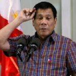 در فیلیپین از ۸ ماه بیش تا کنون ۸۰۰۰ تن به قتل رسیده اند. افشاگری افسر بازنشسته پلیس علیه رودریگو دوترته رئیس جمهور
