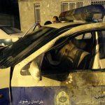 ویدئو پرتاب مواد محترقه به داخل خودروی نیروی انتظامی و پرتاب شدن آنها به بیرون+ ۱۳ عکس