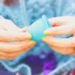 ویدئو : روش استفاده از فنجان قاعدگی به جای نوار بهداشتی و تامپون در پریود ☆  How to use a Menstrual Cup