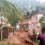 احتمال کشته شدن صدها نفر بر اثر جاری شدن سیل در سیرالئون + عکس