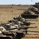 حمله و تجاوز ترکیه با گلولهباران مناطق کردنشین در شمال سوریه آغاز شد