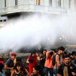 ویدئو درگیری پلیس با دانشجویان معترض به خصوصیسازی آموزشعالی در شیلی