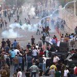 درگیری معترضان و نیروهای امنیتی در بصره