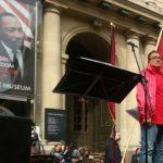 سخنرانی نیما گلُکار در تظاهرات اوّل ماه مِه – روز جهانی کارگر – در مرکز شهر استکهلم + عکس